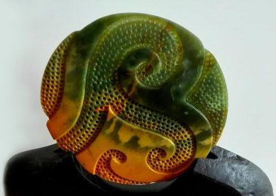 NZ Greenstone Pounamu sculpture